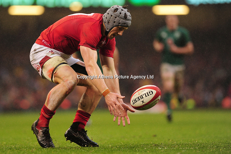 Pictured: Jonathan Davies of Wales in action during the Guinness six nations match between Wales and Ireland at the Principality Stadium, Cardiff, Wales, UK.<br /> Saturday 16 March 2019