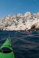 Europe/France/Provence-Alpes-Côte d'Azur/13/Bouches-du-Rhône/Marseille: Randonnée dans les calanques en kayak de mer avec  Jérémie Metzger à la calanque de Callelongue