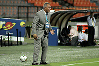 MEDELLIN - COLOMBIA, 11-02-2021: Hernan Torres técnico del Tolima gesticula durante el partido entre Deportivo Independiente Medellín y Deportes Tolima como parte de la Copa BetPlay DIMAYOR 2020 jugado en el estadio Atanasio Girardot de la ciudad de Medellín. / Hernan Torres coach of Tolima gestures during Match for the final between Deportivo Independiente Medellin and Deportes Tolima as part of the BetPlay DIMAYOR Cup 2020 played at Atanasio Girardot stadium in Medellin city. Photo: VizzorImage / Juan Torres / Cont