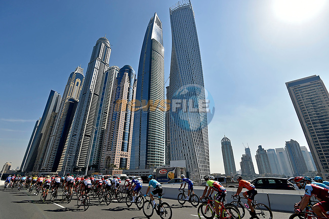 The start of Stage 1 The Nakheel Stage of the Dubai Tour 2018 the Dubai Tour's 5th edition, running 167km from Skydive Dubai to Palm Jumeirah, Dubai, United Arab Emirates. 6th February 2018.<br /> Picture: LaPresse/Fabio Ferrari | Cyclefile<br /> <br /> <br /> All photos usage must carry mandatory copyright credit (© Cyclefile | LaPresse/Fabio Ferrari)
