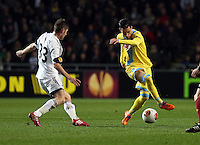Swansea, UK. Thursday 20 February 2014<br /> Pictured L-R: Ben Davies of Swansea marking Jose Callejon of Napoli<br /> Re: UEFA Europa League, Swansea City FC v SSC Napoli at the Liberty Stadium, south Wales, UK