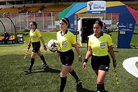 BOGOTA -COLOMBIA,2-11-2020:Dana Isabel Largo referee central,Natala  Taborda y Monica Moreno,auxiliares.La Equidad y Millonarios FC en partido por la fecha 5 de la Liga femenina BetPlay DIMAYOR I 2020 jugado en el estadio Metropolitano de Techo  de la ciudad de Bogotá. /Dana Isabel Largo central referee and Natalia Taborda , Monca Moreno.La  Equidad and Millonarios FC in match for the date 5 BetPlay DIMAYOR women´s  League I 2020 played at Metropolitano stadium in Bogota city. Photo: VizzorImage/ Felipe Caicedo / Staff