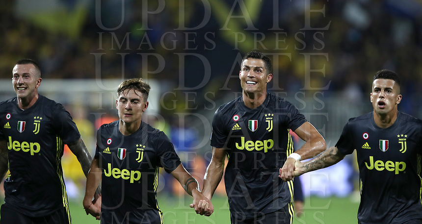 Calcio, Serie A: Frosinone-Juventus, Benito Stirpe stadium, Frosinone, September 23, 2018. <br /> Juventus' players celebrates after winning 2-0 the Italian Serie A football match between Frosinone and Juventus at Frosinone stadium on September 23, 2018.<br /> UPDATE IMAGES PRESS/Isabella Bonotto