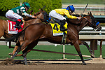 ARCADIA, CA. SEPTEMBER 30:  #4 Vale Dori, ridden by Joseph Talamo, takes control going into in the stretch of the Zenyatta Stakes (Grade l) on September 30, 2018, at Santa Anita Park in Arcadia, CA.(Photo by Casey Phillips/Eclipse Sportswire/CSM)