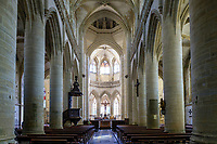France, Manche, Cotentin, Coutances, Saint Pierre church, the nave // France, Manche (50), Cotentin, Coutances, église Saint-Pierre de Coutances, la nef