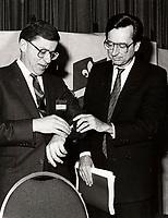 Gerard D Levesque et Robert Bourassa<br />  en 1985<br /> <br /> PHOTO : Agence Quebec Presse
