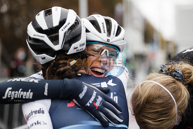 Elizabeth Deignan (GBR) Trek-Segafredo Women wins solo Liege-Bastogne-Liege Femmes 2020, hugged by team mate Ellen Van Dijk (NED), running 135km from Liege to Liege, Belgium. 4th October 2020.<br /> Picture: ASO/Thomas Maheux | Cyclefile<br /> All photos usage must carry mandatory copyright credit (© Cyclefile | ASO/Thomas Maheux)