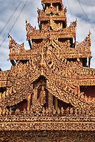 Myanmar, Burma, Yangon.  Sule Pagoda.