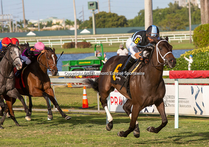January 02, 2021:  #6 Con Lima with jockey Paco Lopez   on board, wins Ginger Brew Stakes at Gulfstream Park on January 2nd, 2021, in Hallandale Beach, Florida. Liz Lamont/Eclipse Sportswire/CSM