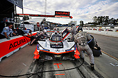 #7 Acura Team Penske Acura DPi, DPi: Helio Castroneves, Ricky Taylor, Graham Rahal, pit stop