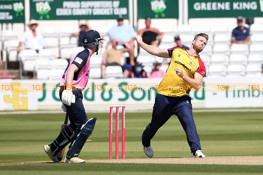 Jimmy Neesham in bowling action for Essex during Essex Eagles vs Middlesex, Vitality Blast T20 Cricket at The Cloudfm County Ground on 18th July 2021