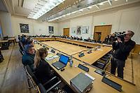 """9. Sitzungstag des 1. Untersuchungsausschusses """"Terroranschlag Breitscheidplatz"""" am Freitag den 26. Januar 2018.<br /> Als Zeugen fuer die 9. Sitzung des sog. """"Amri-Untersuchungsausschuss"""" des Berliner Abgeordnetenhaus waren Mitarbeiter der Landeskriminalaemter Berlin und Nordrhein-Westphalen geladen.<br /> Der Amri-Untersuchungsausschuss will versuchen die diversen Unklarheiten im Fall des Weihnachtsmarkt-Attentaeters zu aufzuklaeren.<br /> 26.1.2018, Berlin<br /> Copyright: Christian-Ditsch.de<br /> [Inhaltsveraendernde Manipulation des Fotos nur nach ausdruecklicher Genehmigung des Fotografen. Vereinbarungen ueber Abtretung von Persoenlichkeitsrechten/Model Release der abgebildeten Person/Personen liegen nicht vor. NO MODEL RELEASE! Nur fuer Redaktionelle Zwecke. Don't publish without copyright Christian-Ditsch.de, Veroeffentlichung nur mit Fotografennennung, sowie gegen Honorar, MwSt. und Beleg. Konto: I N G - D i B a, IBAN DE58500105175400192269, BIC INGDDEFFXXX, Kontakt: post@christian-ditsch.de<br /> Bei der Bearbeitung der Dateiinformationen darf die Urheberkennzeichnung in den EXIF- und  IPTC-Daten nicht entfernt werden, diese sind in digitalen Medien nach §95c UrhG rechtlich geschuetzt. Der Urhebervermerk wird gemaess §13 UrhG verlangt.]"""