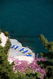 ITA, Italien, Kampanien, Sorrentinische Halbinsel, Amalfikueste: Hotelterrasse direkt am Meer | ITA, Italy, Campania, Sorrento Peninsula, Amalfi Coast: hotel terrace at the sea
