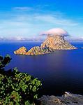 Spanien, Balearen, Ibiza (Eivissa): Felsinseln Es Vedra und Es Vedranell | Spain, Balearic Islands, Ibiza (Eivissa): Rock Islands Es Vedra and Es Vedranell