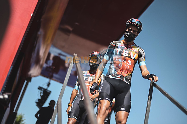 Mikel Landa (ESP) and Bahrain Victorious at sign on before Stage 3 of La Vuelta d'Espana 2021, running 202.8km from Santo Domingo de Silos to Picon Blanco, Spain. 16th August 2021.    <br /> Picture: Unipublic/Charly Lopez   Cyclefile<br /> <br /> All photos usage must carry mandatory copyright credit (© Cyclefile   Unipublic/Charly Lopez)