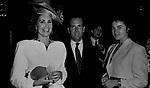 MARINA RIPA DI MEANA, CARLO BUOZZI E LORY DEL SANTO<br /> FESTA ENRICO COVERI AL TOULA' <br /> MILANO 1989
