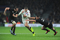 Jonny Mayof England finds space between Samuel Whitelock and Ryan Crotty of New Zealand during the Quilter International match between England and New Zealand at Twickenham Stadium on Saturday 10th November 2018 (Photo by Rob Munro/Stewart Communications)
