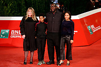 The American film director Steve McQueen with his family poses for photographers on the red carpet of the 15th edition of Rome film Fest.<br /> Rome (Italy), October 15th 2020<br /> Photo Samantha Zucchi Insidefoto