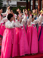Musik bei Feier zu Buddha's Geburtstag, Andong, Provinz Gyeongsangbuk-do, Südkorea, Asien<br /> music at celebrations for Buddha's birthday  in Andong,  province Gyeongsangbuk-do, South Korea, Asia