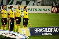 PORTO ALEGRE, (RS), 14.02.2021 - GRÊMIO - SÃO PAULO – O árbitro Paulo Roberto Alves Junior na partida entre Grêmio e São Paulo, válida pela 36ª rodada do Campeonato Brasileiro 2020, no estádio Arena do Grêmio, em Porto Alegre, neste domingo (14).