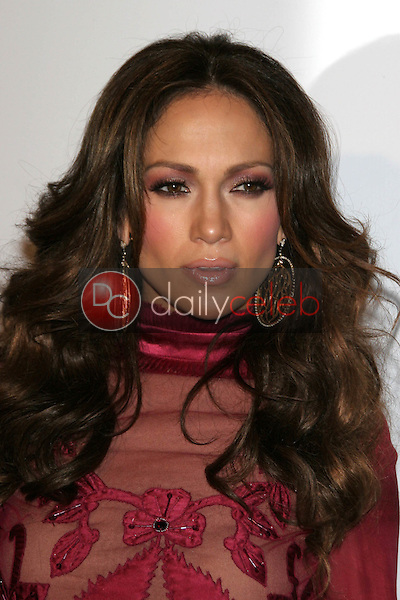 Jennifer Lopez<br />at the Friends of the Los Angles Free Clinic Annual Dinner Gala. Beverly Hilton Hotel, Beverly Hills, CA. 11-20-06<br />Dave Edwards/DailyCeleb.com 818-249-4998