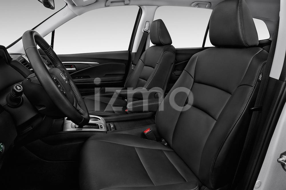 Front seat view of 2018 Honda Pilot EX-L 5 Door Suv Front Seat car photos