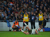 Mitch Hunt slips over while kicking a penalty during the Super Rugby Tran-Tasman final between the Blues and Highlanders at Eden Park in Auckland, New Zealand on Saturday, 19 June 2021. Photo: Dave Lintott / lintottphoto.co.nz