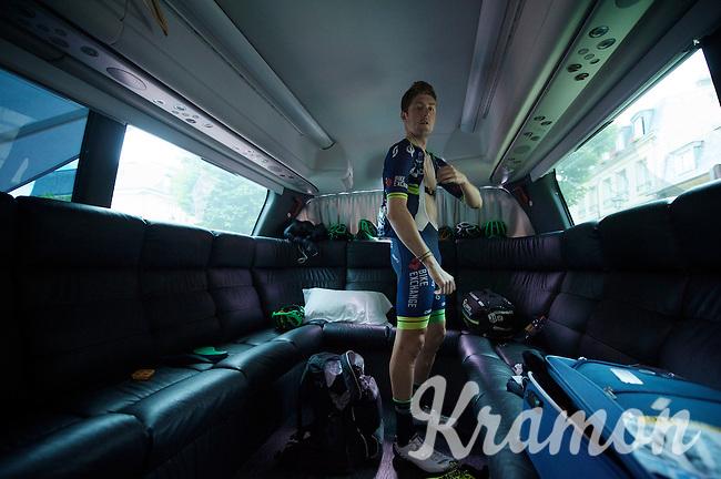 Luke Durbridge (AUS/Orica-BikeExchange) getting ready for the last stage<br /> <br /> Final stage 21 - Chantilly › Paris/Champs Elysées (113km)<br /> 103rd Tour de France 2016