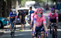 yet another anonimous team EF Education First rider off to sign-of<br /> <br /> 14th Strade Bianche 2020<br /> Siena > Siena: 184km (ITALY)<br /> <br /> delayed 2020 (summer!) edition because of the Covid19 pandemic > 1st post-Covid19 World Tour race after all races worldwide were cancelled in march 2020 by the UCI