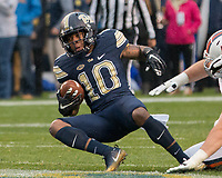 Pitt wide receiver Quadree Henderson. The Pitt Panthers defeated the Virginia Cavaliers 31-14 at Heinz Field, Pittsburgh, PA on October 28, 2017.