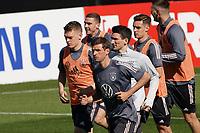 Vorneweg läuft Thomas Mueller (Deutschland Germany) - Seefeld 28.05.2021: Trainingslager der Deutschen Nationalmannschaft zur EM-Vorbereitung