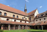 Kreuzgang von Kloster Bronnbach bei Wertheim, Baden-Württemberg, Deutschland