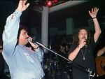 UMBERTO SMAILA CON ZUCCHERO FORNACIARI<br /> FESTA DI COMPLEANNO NATASHA ROMANOFF AL JACKIE ' ROMA 1992
