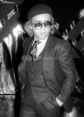 Elton John 1977<br /> Photo By Adam Scull/PHOTOlink/MediaPunch