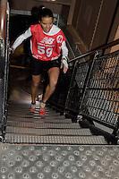Angela CASTELLO NORIA (spain) remporte la course feminine - La Verticale de la Tour Eiffel - 17 mars 2016 - Paris - France