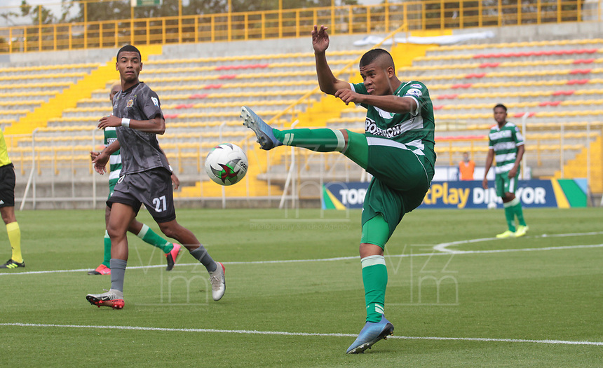 BOGOTÁ- COLOMBIA, 17-10-2020: Tigres FC y Valledupar en partido por la fecha 13 del Torneo BetPlay DIMAYOR I 2020 jugado en el estadio Metropoltano de Techo  de la ciudad de Bogotá. / Tigres FC and Valledupar in match for the date 13 as part of BetPlay DIMAYOR Tournament I 2020 played at the  Metropolitano de Techo  stadium of Bogota city. Photos: VizzorImage / Felipe Caicedo / Contribuidor