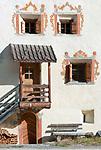 Schweiz, Graubuenden, Muenstertal, Muenster: Tuer, Fenster | Switzerland, Graubuenden, Muenster Valley, Muestair: door, window