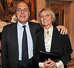 CLAUDIO CAPPON CON LA MOGLIE<br /> CHARITY DINNER VILLA LETIZIA 2009 ORGANIZZATO DA EMMA BONINO