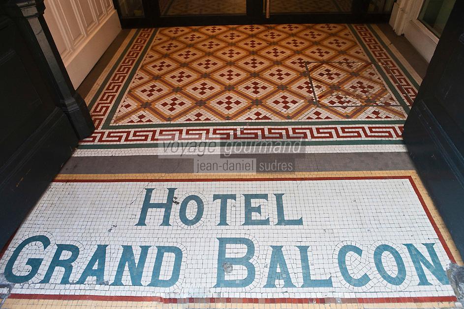 Europe/France/Midi-Pyrénées/31/Haute-Garonne/Toulouse: Hôtel de Charme: Le Grand Balcon Hôtel mytique des pionniers de l'aéropostale - la céramique de l'entrée