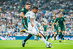 Carlos Henrique Casemiro (r) of Real Madrid fights for the ball with Francisco Javier Garcia Fernandez, Javi Garcia, of Real Betis during the La Liga 2017-18 match between Real Madrid and Real Betis at Estadio Santiago Bernabeu on 20 September 2017 in Madrid, Spain. Photo by Diego Gonzalez / Power Sport Images