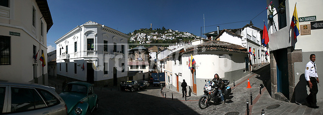 Quito old city downtown, August 2008.Born in Argentina, photographer Ivan Pisarenko in 2005  decided to ride his motorcycle across the American continent. While traveling Ivan is gathering an exceptional photographic document on the more diverse corners of the region. Archivolatino will publish several stories by this talented young photographer..Closer look at  Ivan's page www.americaendosruedas.com...