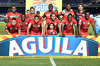 CALI - COLOMBIA – 22 - 09 - 2017: Los jugadores de Cortulua posan para una foto, durante partido entre Cortulua y Jaguares F.C., por la fecha 13 de la Liga Aguila II 2017 jugado en el estadio Pascual Guerrero de la ciudad de Cali. / The players of Cortulua pose for a photo, during a match Cortulua and Jaguares F.C., for the date 13th of the Liga Aguila II 2017 played at the Pascual Guerrero stadium in Cali city. Photo: VizzorImage / Luis Ramirez / Staff.