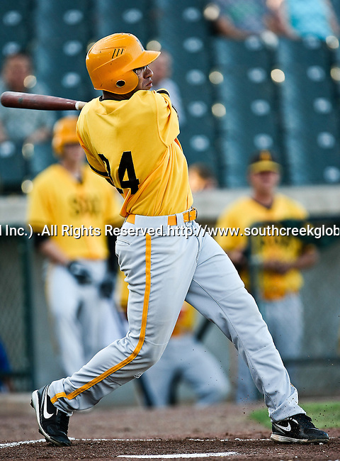 Amarillo Sox Outfielder Fehlandt Lentini (24) in action during the American Association of Independant Professional Baseball game between the Amarillo Sox and the Fort Worth Cats at the historic LaGrave Baseball Field in Fort Worth, Tx. Fort Worth defeats Amarillo 5 to 3.