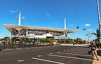 Neue VIP Seilbahn vom Parkplatz zum Eingang am Hard Rock Stadium bei den Vorbereitungen auf den Super Bowl LIV am 2. Februar zwischen den Kansas City Chiefs und San Francisco 49ers - 22.01.2020: SB LIV im Hard Rock Stadium Miami