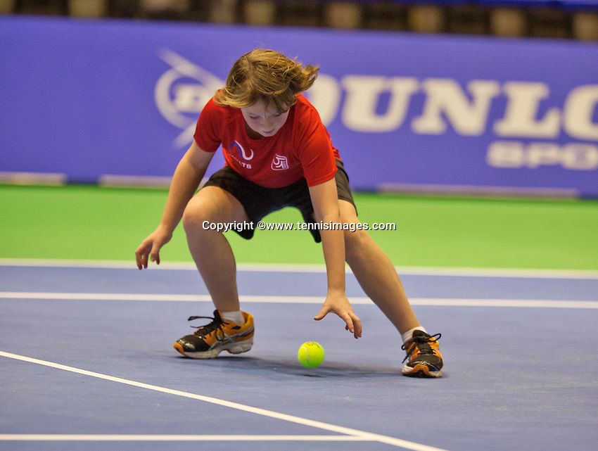 December 18, 2014, Rotterdam, Topsport Centrum, Lotto NK Tennis, ballboy<br /> Photo: Tennisimages/Henk Koster