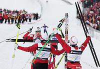 Holmenkollen, 20110304. Herrestafetten. Petter Northug går inn til gull.  Oslo Ski Vm Holmenkollen. Foto: Eirik Helland Urke / Dagbladet