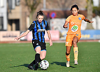 Nicky Van Den Abbeele (28 Brugge) pictured in a duel with Jolet Lommen (9 Gent) during a female soccer game between Club Brugge Dames YLA and AA Gent Ladies on the sixth matchday of the 2020 - 2021 season of Belgian Scooore Womens Super League , saturday 7 th November 2020  in Knokke , Belgium . PHOTO SPORTPIX.BE | SPP | DAVID CATRY