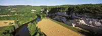 Europe/France/Aquitaine/24/Dordogne/Vallée de la Dordogne/Env Les Eyzies-de-Tayac: La Roque Saint-Christophe  , Vue aérienne