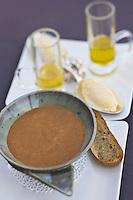 Europe/France/Corse/2B/Haute-Corse/Erbalunga: Soupe de poissons de roche avec sa rouille, recette de Jerry Monmessin  du restaurant: Le Pirate, au port