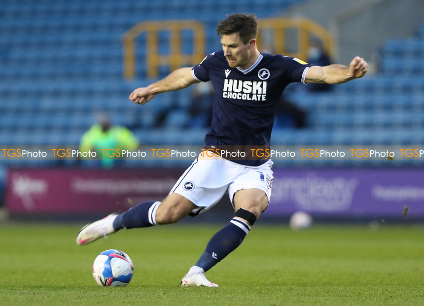 Ryan Leonard of Millwall shot goes wide during Millwall vs Nottingham Forest, Sky Bet EFL Championship Football at The Den on 19th December 2020